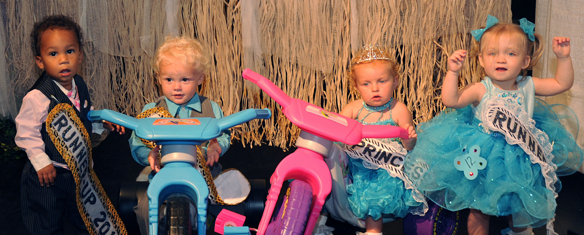 Hall and McCarthy named Little Wee Pop Prince and Princess