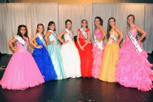 Addisen Throckmorton; Hope Hall; Abigail Bennett; Chloe Oliver; Miss Teeny Pop 2015 Marin Curry; Sophia Thompson; Baeleigh Powers; and Faith Scheitler.