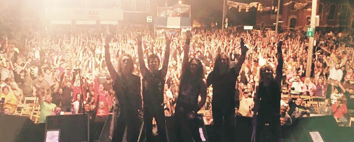 "Skid Row Praises ""Memorable"" Festival Crowd"